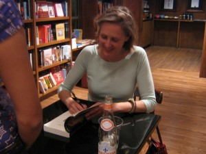 Mary Roach signing book